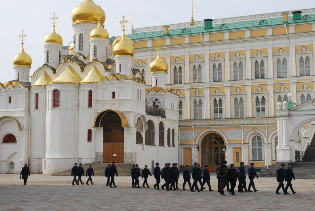 russie-moscou-defile-militaire-kremlin-big