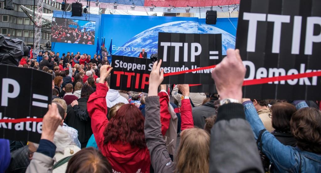 _stop-ttip