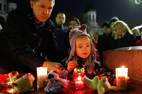 russie people_mourn_sinai_air_crash_tas_13117744_468